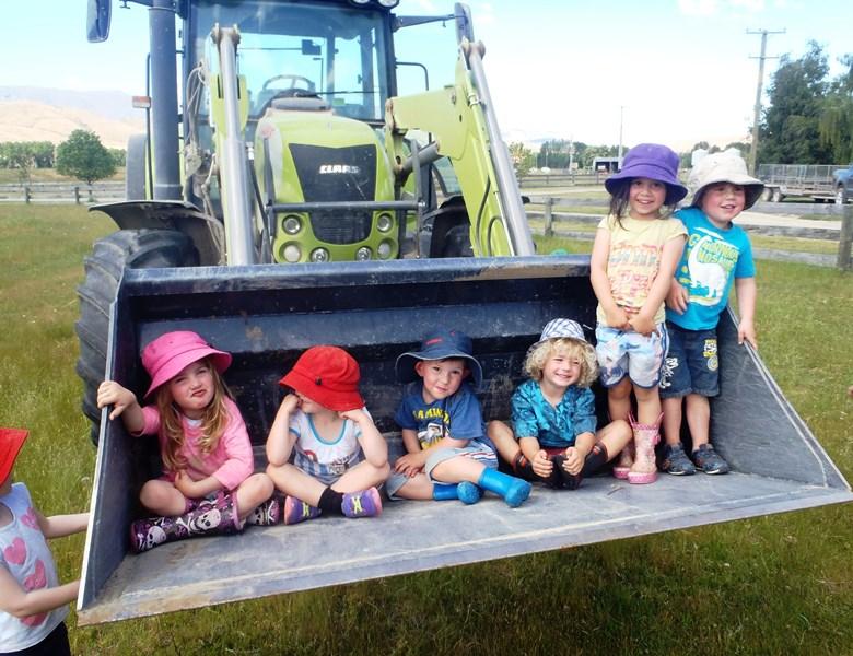 Farm trip - Tractor rides